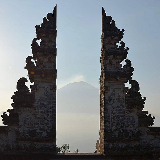 #amed #amedbali #bali #explorebali #travelgram #travel #mtagung