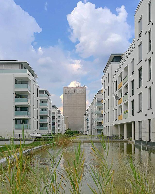 Kronenburg#architecture #architektur #fassade #facades #Dortmund #doüberrascht #0231 #ig_nrw #nrw #germany #deinnrw #ig_deutschland #ruhrpott #ruhrgebiet #ig_germany #aktuellestunde #picoftheday #architecture #nature #photography #instagood #igersgermany #nrwinbildern